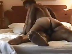 Amatér, Černovlásky, Tvrdé sex, MILF