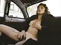 Masturber, Femmes en bas