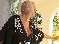 Patron, Blonde, Lunettes, Femme au foyer
