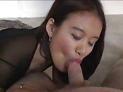 Amatriçe, Asiatique, Fellation
