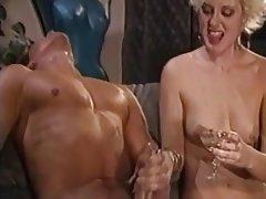 Sborrata, Masturbazioni, Sotto la doccia