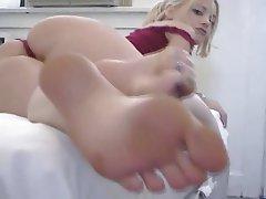 Fétichisme des pieds, Masturber, Éjaculation féminine