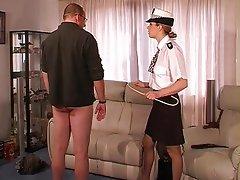 BDSM, Femme dominatrice, Fessée