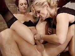 Anal, Germanique, Agé, Femmes en bas
