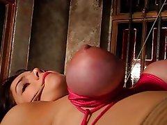 BDSM, Esmerler, Kadın iç çamaşırı
