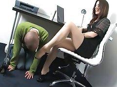 Donna dominante, Feticismo del piede, In calze